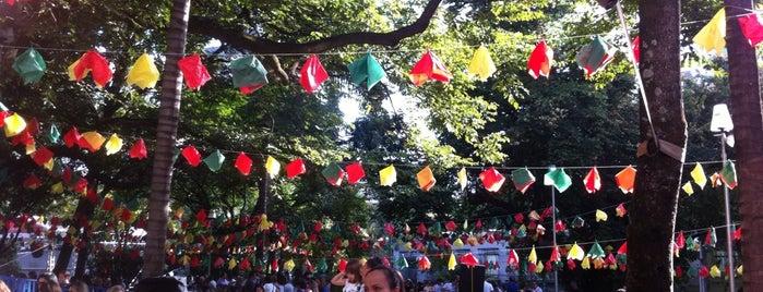 Festa Portuguesa is one of สถานที่ที่ Isabela ถูกใจ.