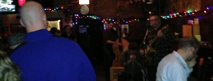 Simon's Tavern is one of Chicago Magazine's 100 Best bars 2013.