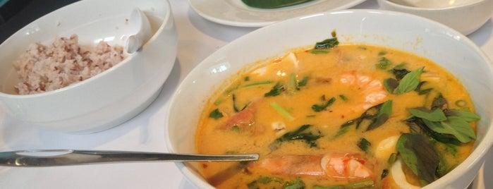 myELEPHANT Thai Restaurant is one of Lieux sauvegardés par Melissa.