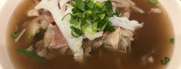Pho Hoàng is one of Time Out New York says....