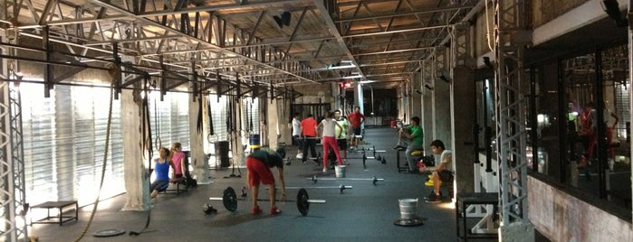 Reebok CrossFit is one of La Zona..