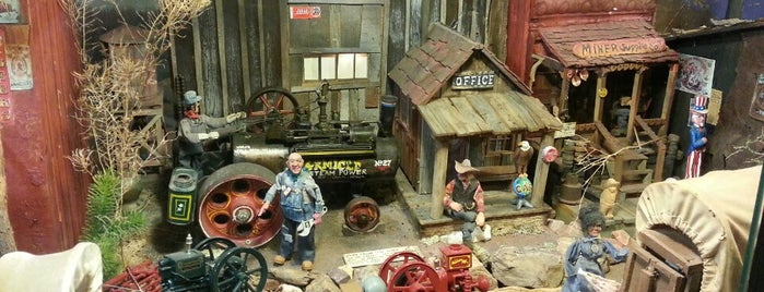 Tinkertown Museum is one of Route 66 Roadtrip.