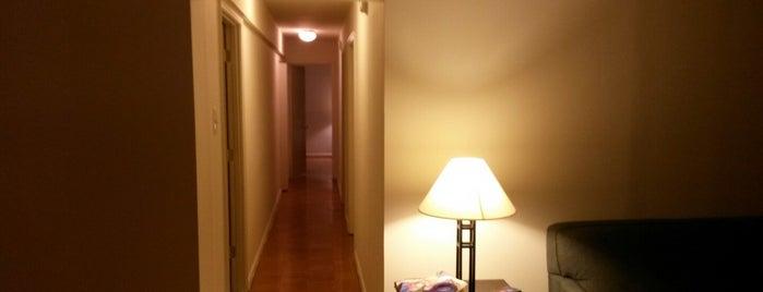 Belvedere Towers Luxury Apartments is one of Sunjay'ın Beğendiği Mekanlar.