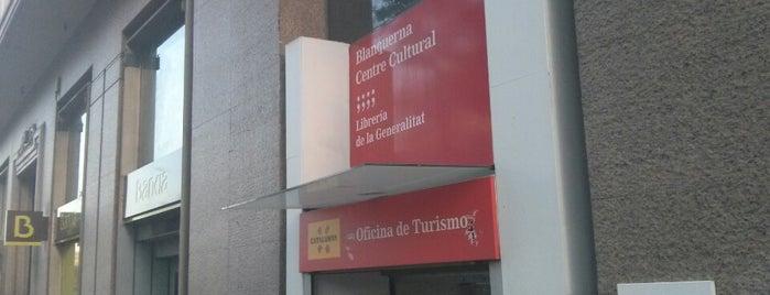 Blanquerna Centre Cultural is one of Posti che sono piaciuti a Santiago.