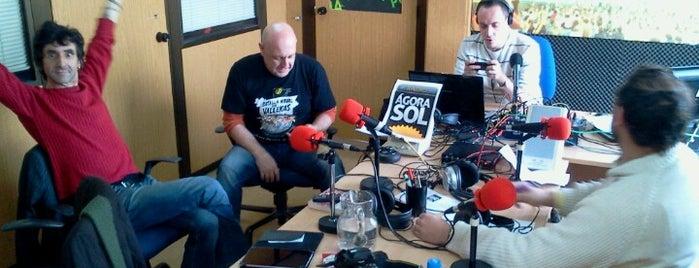 Ágora Sol Radio is one of Posti che sono piaciuti a Santiago.