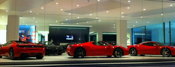 Ferrari Maserati Barcelona is one of Lieux sauvegardés par TaCA$Hi.