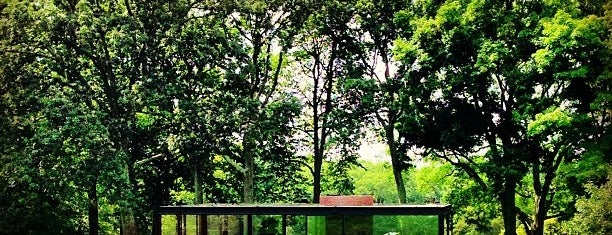 The Glass House is one of Tori's Liked Places.