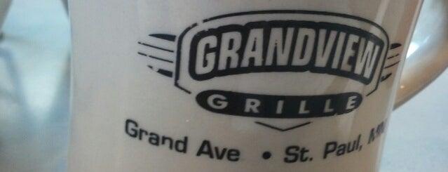 The Grandview Grill is one of Tempat yang Disukai Sarah.