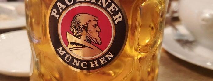 Münchner Stubn is one of Posti che sono piaciuti a Helena.
