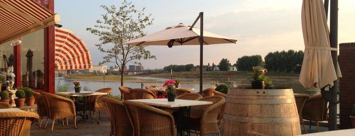Hotel   Restaurant   Brasserie Valuas is one of สถานที่ที่ Baris ถูกใจ.