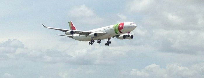 MIA Plane Spotting (El Dorado location) is one of Aviation.