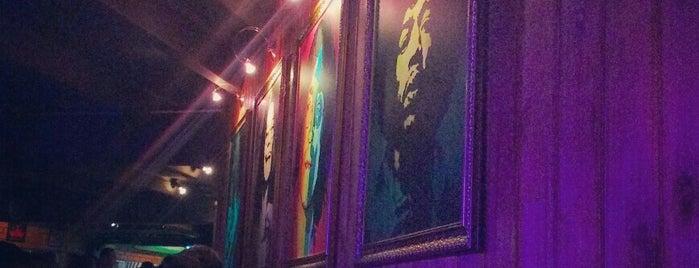 Palácio Snooker Pub is one of Lugares favoritos de GabiS.