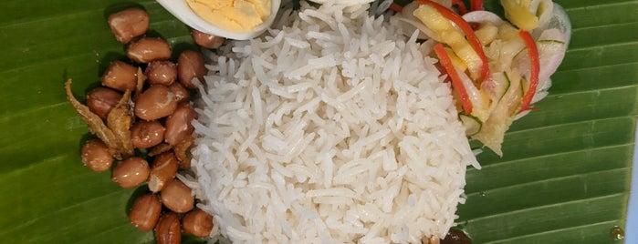 Makan Makan is one of 05_ตามรอย_inter.