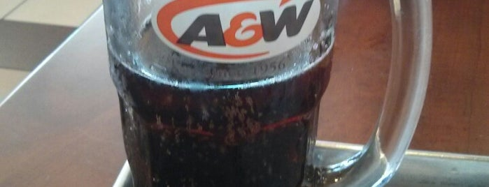 A&W Canada is one of Robさんのお気に入りスポット.