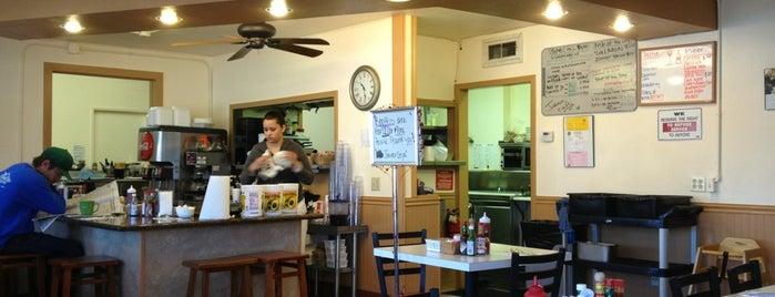 Jefferson Cafe is one of สถานที่ที่บันทึกไว้ของ David.