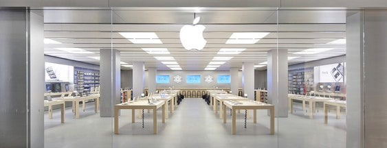 Apple Sindelfingen is one of Orte, die Steffen gefallen.