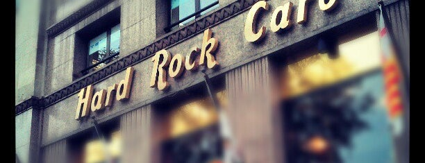 Hard Rock Cafe Barcelona is one of Lugares favoritos de Pablo.