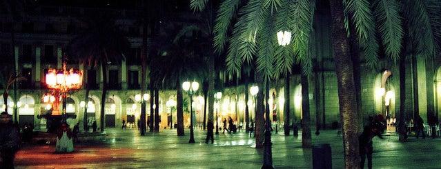 Plaça Reial is one of Barcelona.