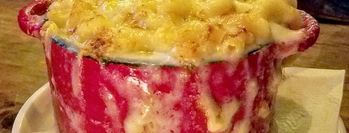 Putnam's Pub & Cooker is one of Macaroni & Cheese, Please!.