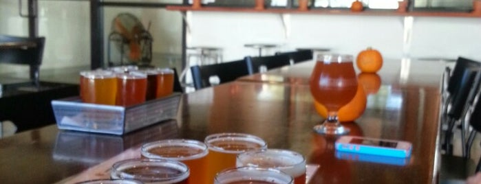 Smartmouth Brewing Company is one of Must Visit Breweries.