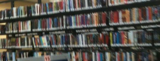 Orange County Library - Herndon Branch is one of Tempat yang Disukai Wayward.