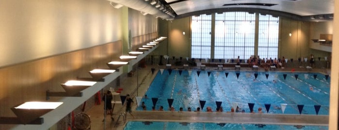 Bellevue Club Swimming Pool is one of Andy : понравившиеся места.