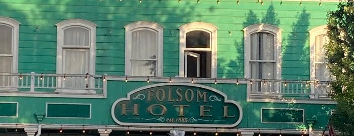 Folsom Hotel is one of Lugares guardados de Bryan.