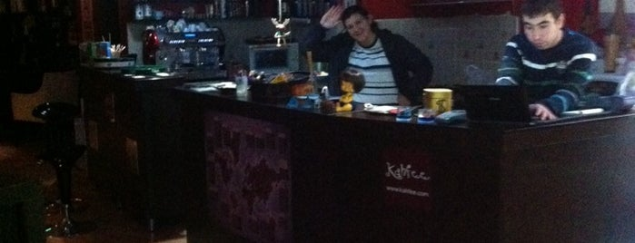 Kahfee Cafe is one of Posti che sono piaciuti a Buz_Adam.