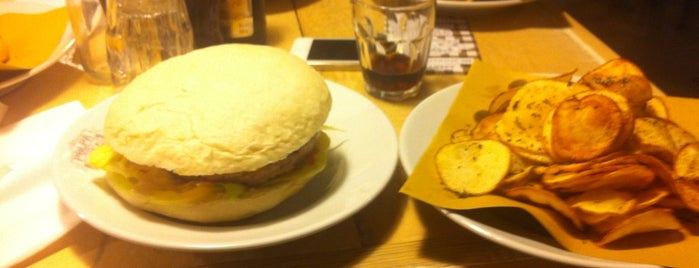 Polpa Burger Trattoria is one of Milan Lifestyle Guide.