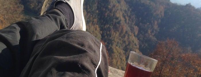 camlihemsin dağ Evim is one of Lugares favoritos de Gökay.
