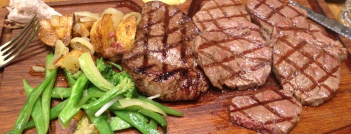 Günaydın Kasap & Steakhouse is one of Özgeさんのお気に入りスポット.
