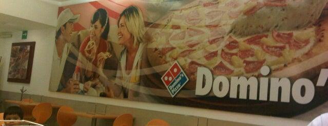 Domino's Pizza is one of Joaquin'in Beğendiği Mekanlar.