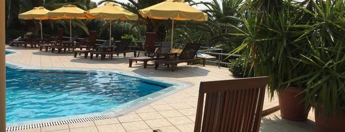 Ocean View Beach Hotel is one of Tempat yang Disukai Engineers' Group.
