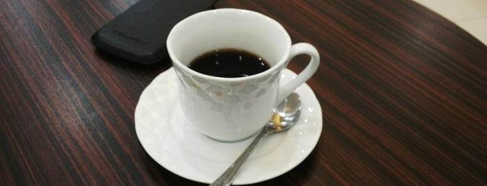 Blümchen Coffee is one of Jakota.