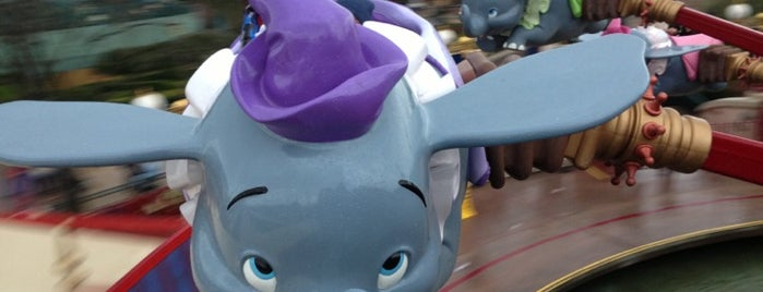 Dumbo the Flying Elephant is one of Lugares favoritos de Marcel.