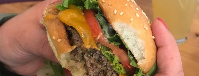 Super Duper Burgers is one of Marco 님이 좋아한 장소.