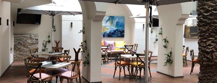 Hercilia Café is one of Posti salvati di Jacobo.
