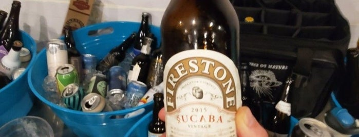 Humdinger Brewing is one of Locais curtidos por Brooks.