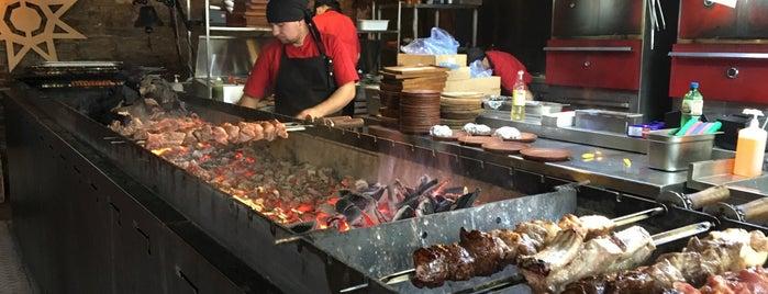 Перша львівська грильова ресторація м'яса та справедливості is one of Orte, die Illia gefallen.