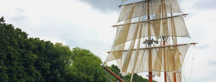 Meridianas Tall Ship is one of Lugares favoritos de Illia.