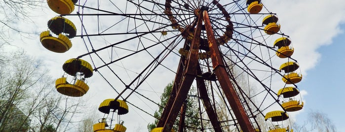 Чортове колесо / Pripyat Ferris Wheel is one of Posti che sono piaciuti a Burak.