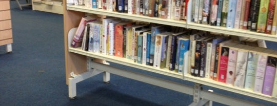 Balham Library is one of GLL Libraries.