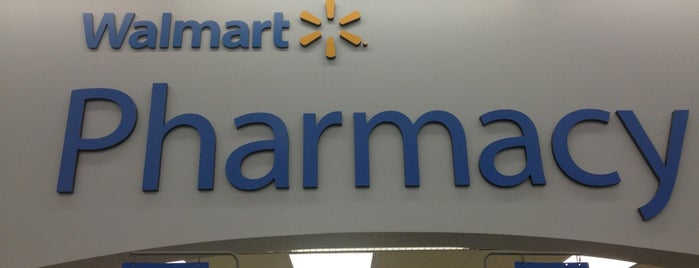 Walmart Supercenter is one of Dominique 님이 좋아한 장소.