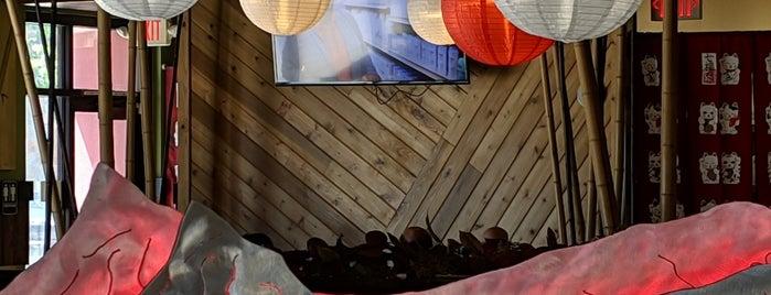 Shirasoni Japanese Restaurant is one of Posti che sono piaciuti a Je.