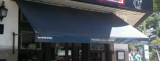 Pizzería San Antonio is one of Orte, die Lucas gefallen.