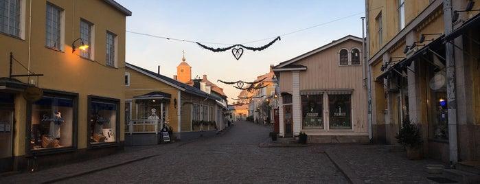 Vanha Porvoo / Gamla Borgå is one of Helsinki.