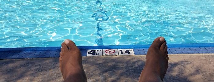 Palms Pool @ Fairmont Newport Beach is one of Tempat yang Disukai Patty.