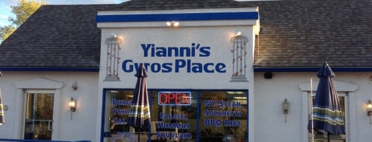 Yianni's Gyros Place is one of Gespeicherte Orte von Scott.