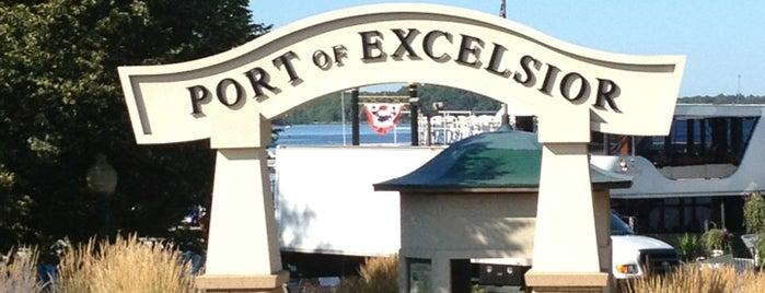 Port Of Excelsior is one of Lugares favoritos de Kristen.