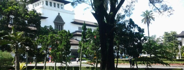 Gedung Sate is one of Destination In Indonesia.